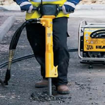 Hydraulic Breaker hire in London, UK